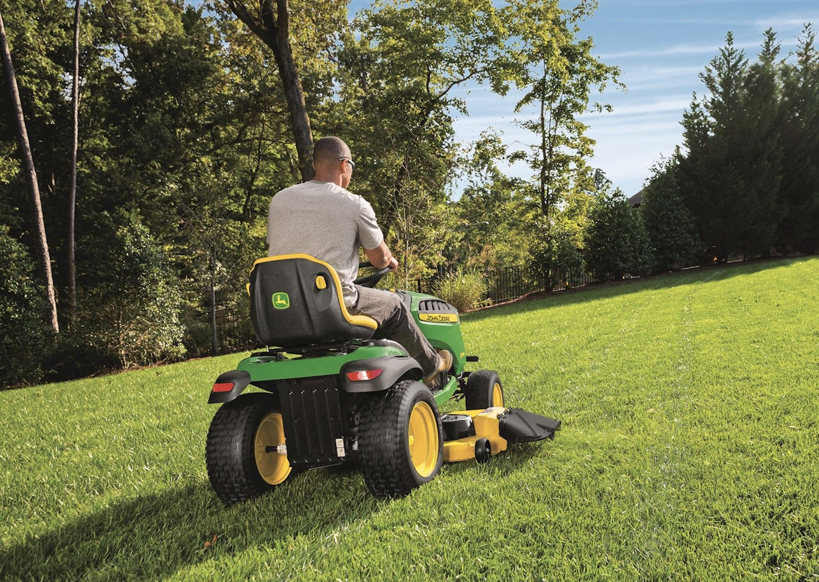riding-lawn-mower