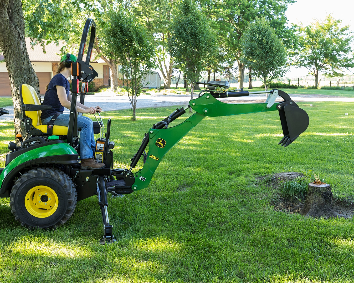 John_Deere_Backhoe_Tree_Stump